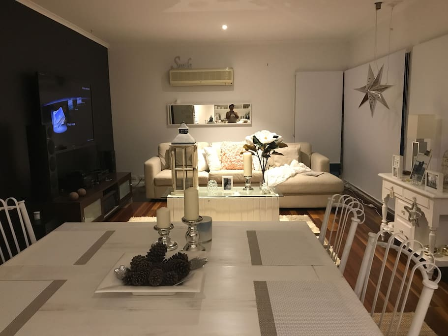 Open plan Dining, lounge and kitchen. Movies available with Netflix.