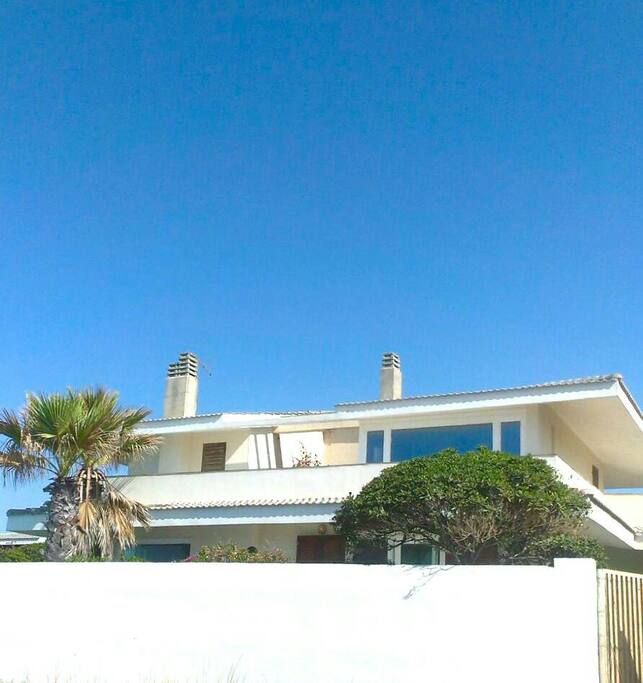 The villa as seen by the beach