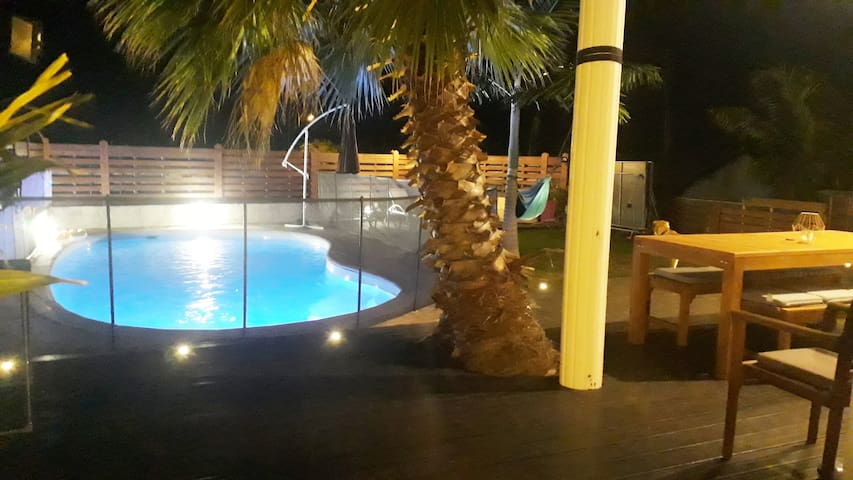 Studio cosy et équipé avec piscine