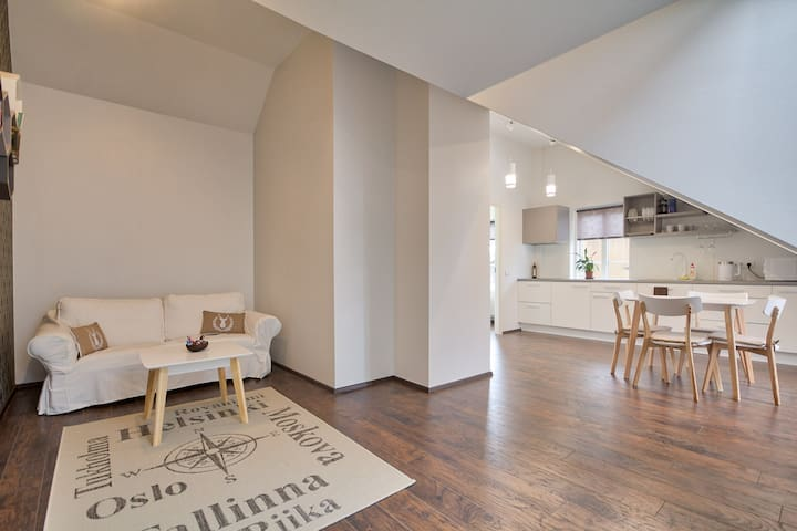 2 bedroom apartment next to old-town