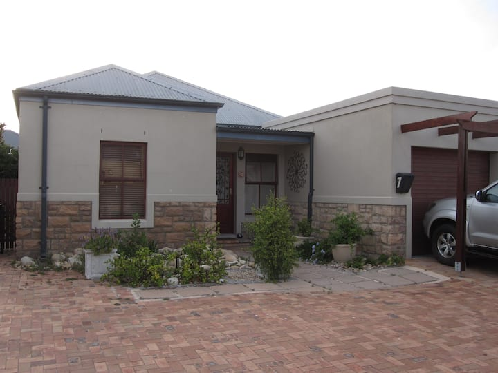 House on Golf Estate (Cape Town)
