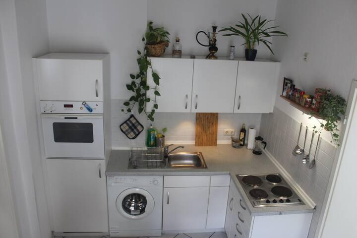 Küche inklusiver Waschmaschine