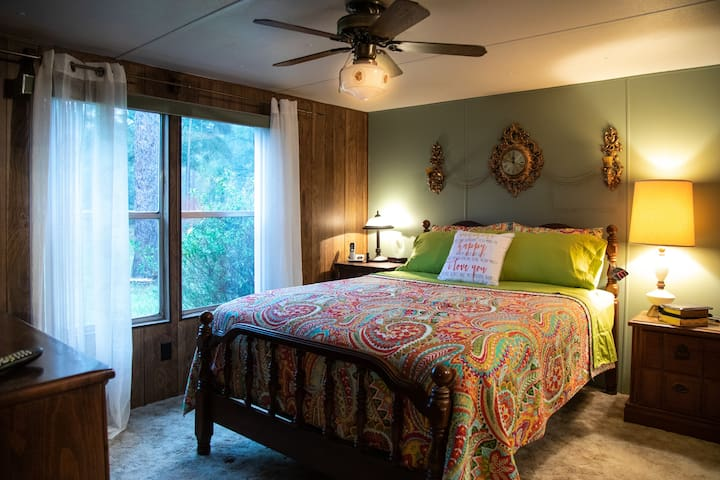 """You have your choice of the Paisley Room with the queen bed and brand new fresh green linens. The master bath has also been freshened up with paisley and beautiful aqua blues.  This room also has a brand new 10.5"""" memory foam mattress!"""