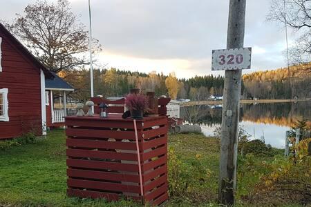 Stuga , 10 min från Sundsvall stadskärna. Fri Wifi