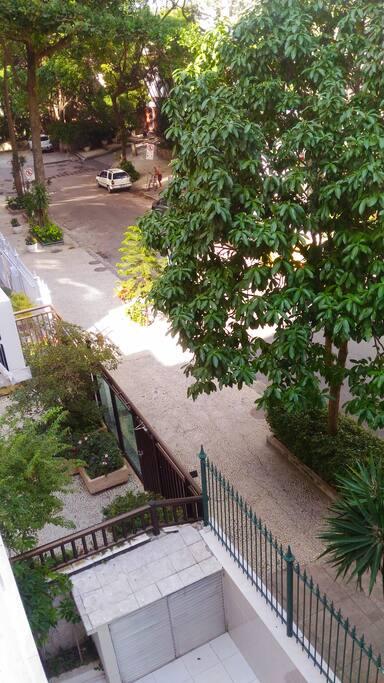 Vista da janela (rua)