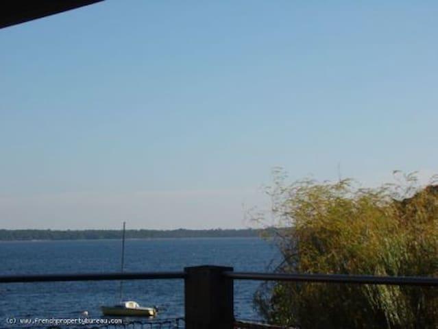 Chez Spring au bord du Lac, voyager au paradis