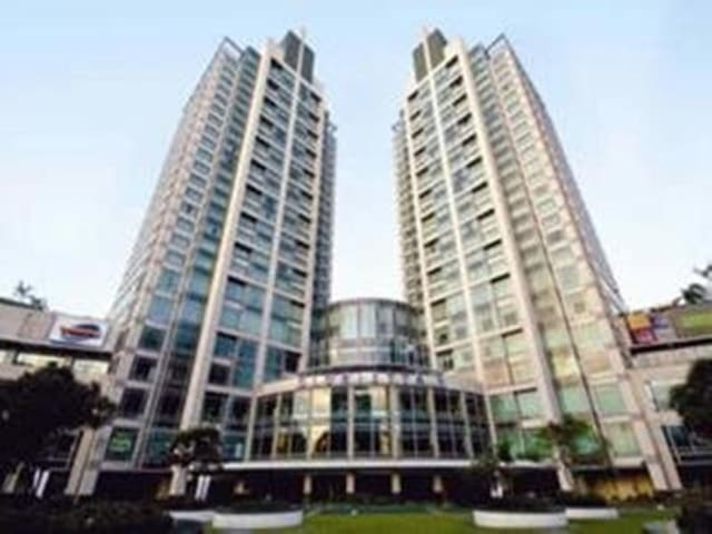En-Suite Suite Executive One Bedroom At Makati City