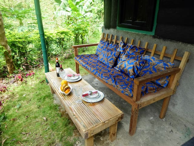 NHH - Cottage in beautiful scenic area - San Fernando - Bangalô