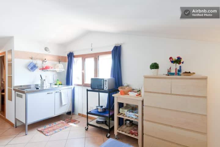 Cosy studio flat in trendy area