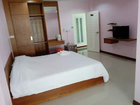 Comfortable Apartment with Complete Facilities