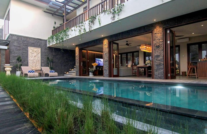 3-Bedroom Villa, Close To Trend Center of Canggu