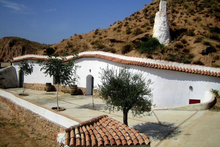 Eccentric Cave House in Lopera with Terrace