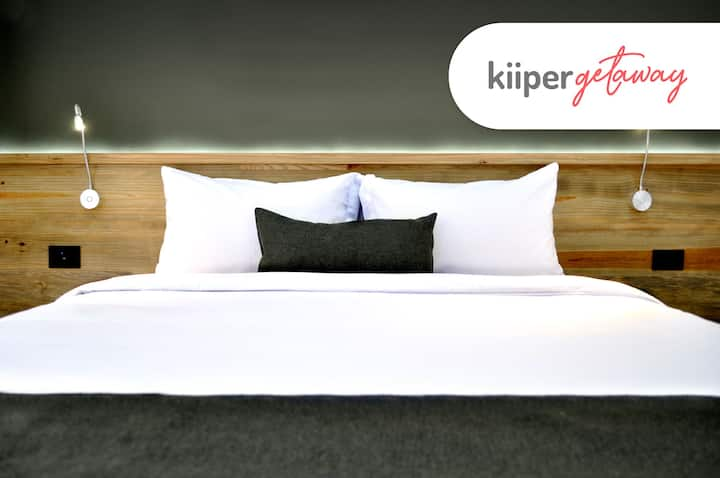 kiiper | Beautiful Suite with Patio | 2 PPL