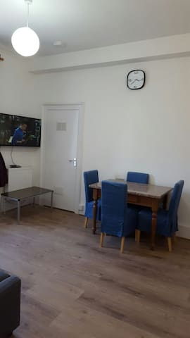 1 Bedroom Central Apartment