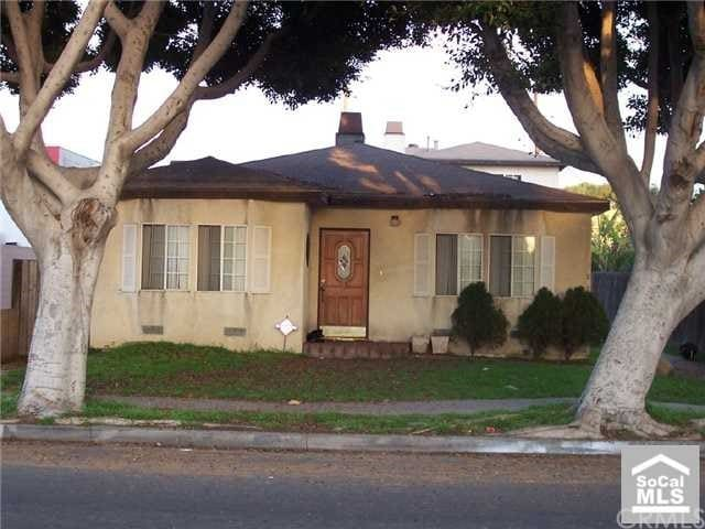 Spacious 3 Bedroom Home In North Long Beach