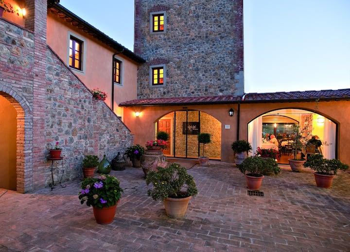 Camera con Giardino in Campagna a San Gimignano
