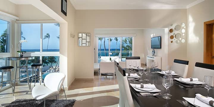 2 Bdr Presidential Suite at 5* Beachfront Resort.