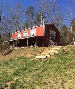 The Barn Loft @ Slick Rock Farms - Hendersonville - Loft-asunto
