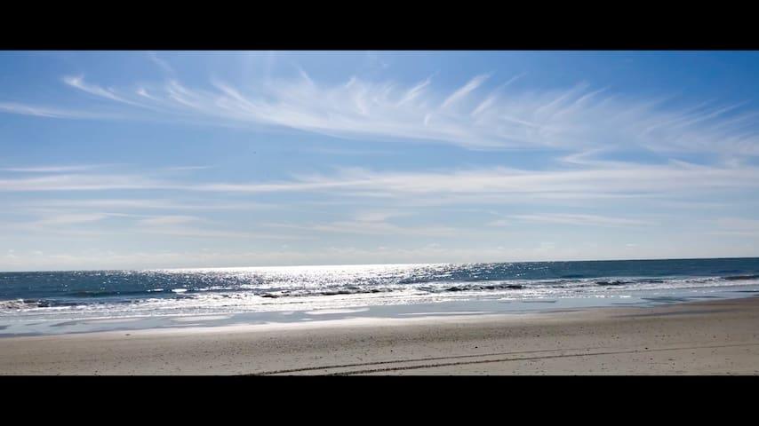 Crescent Sands