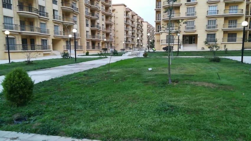 Gazzar inn: Rehab42 (Garden view apartment)