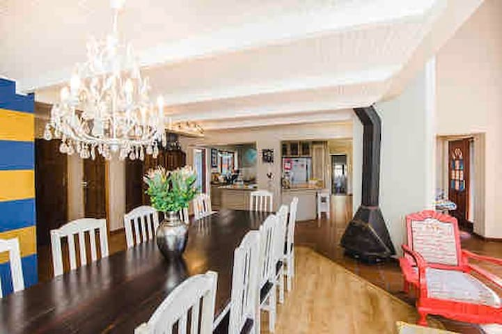Big Entertainment Home in the Cape Winelands