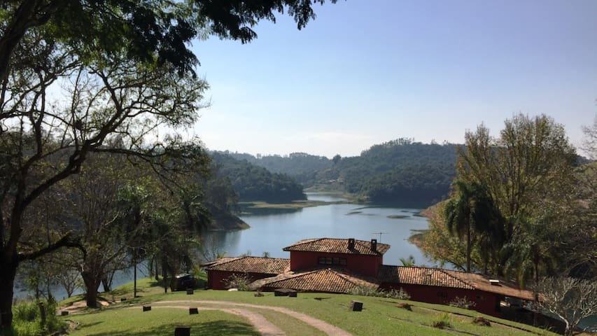 Beautiful Lake House&View-40 min SP - Santa Isabel