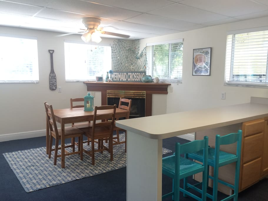 Ample space for you to enjoy a cozy dinner or a family meal.