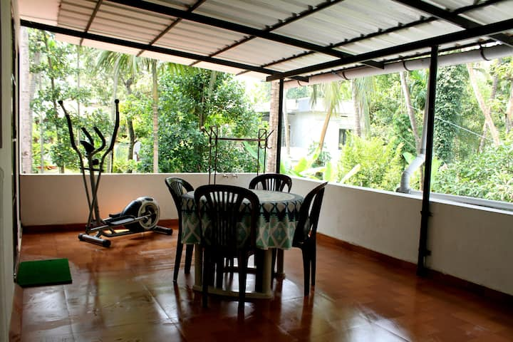 Mavelys Bungalow-nearby Fort Cochin