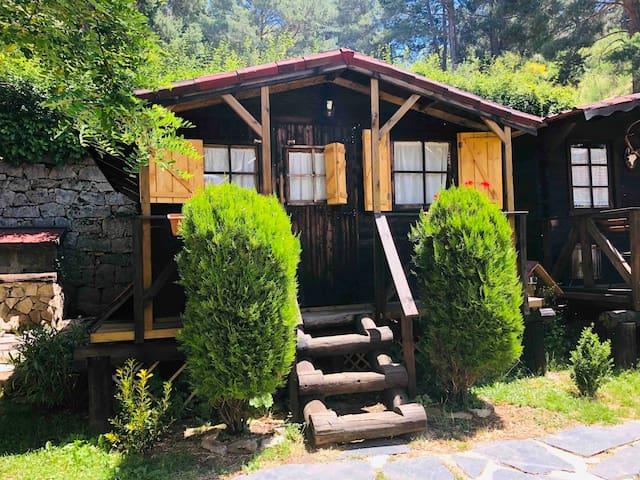 BUNGALOW PEÑOTA- baño privado