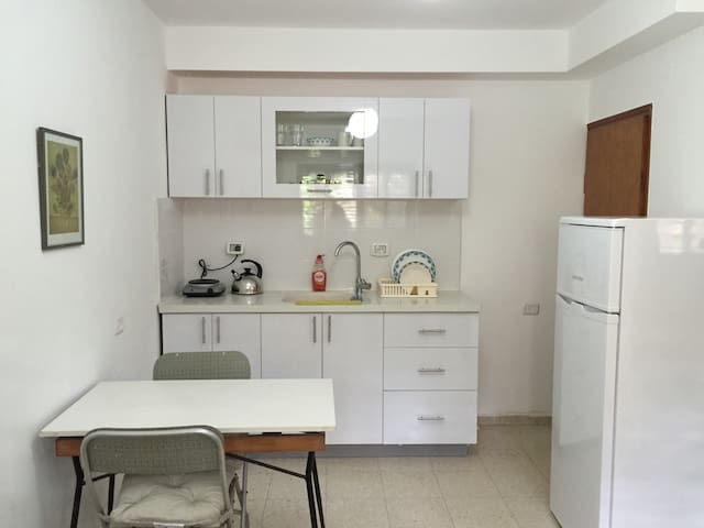 Wonderful 2 rooms Apartment - near the CENTER