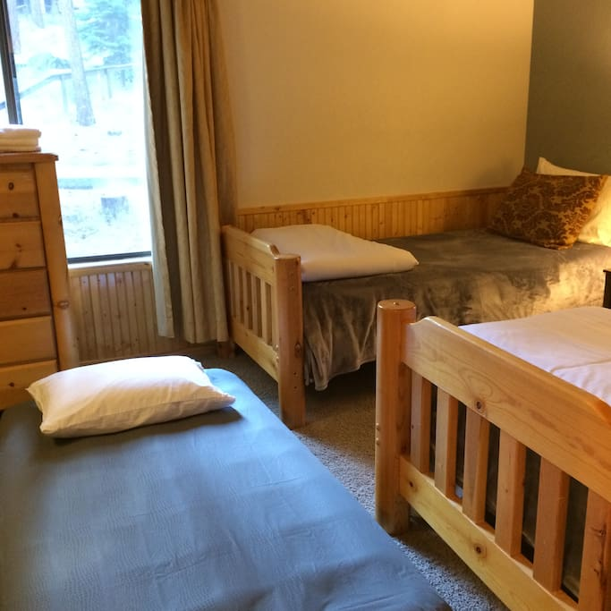$50 for additional person on Airbed in the same room (Bedroom 1)
