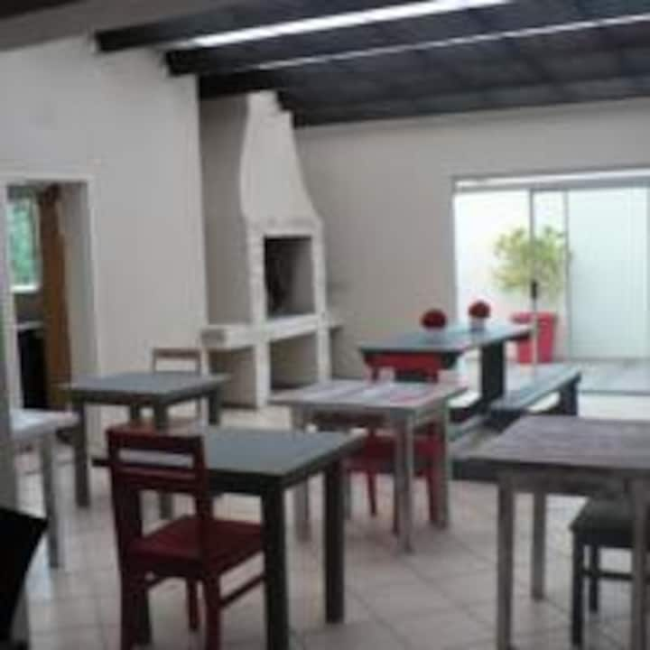 Just B Guesthouse (House with 3 x Bedrooms)
