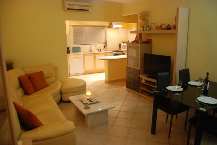 Carvoeiro Apartment near the beach