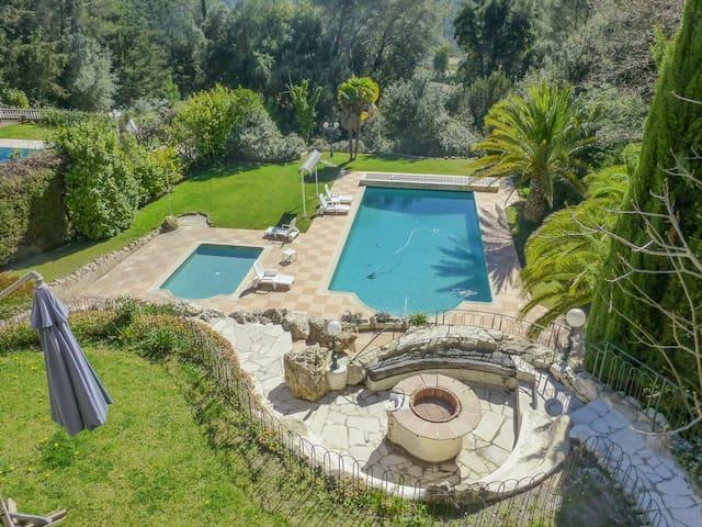 Quiet & Spacious villa for family next to Antibes - Biot - Villa