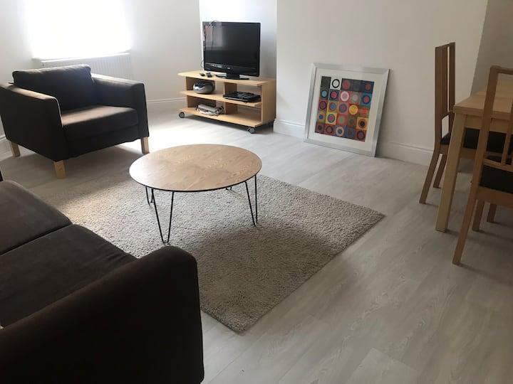 Lovely town centre apartment in Basingstoke