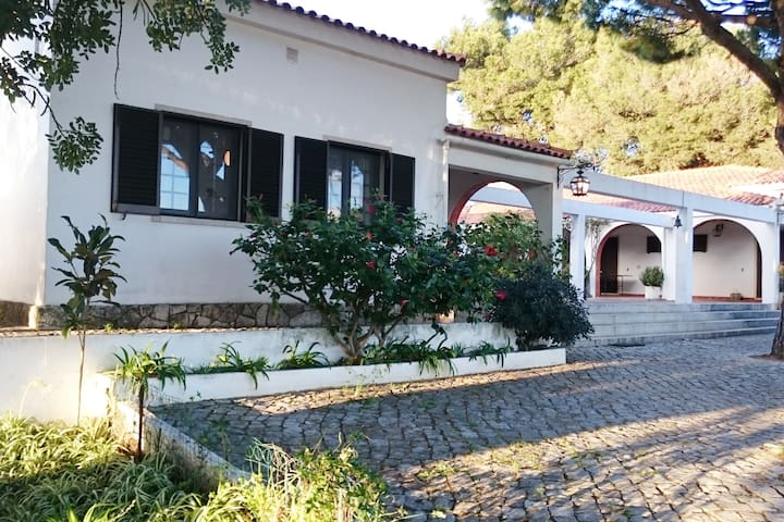 3 double bedrooms in beautiful fruit farm - Quarteira - Villa