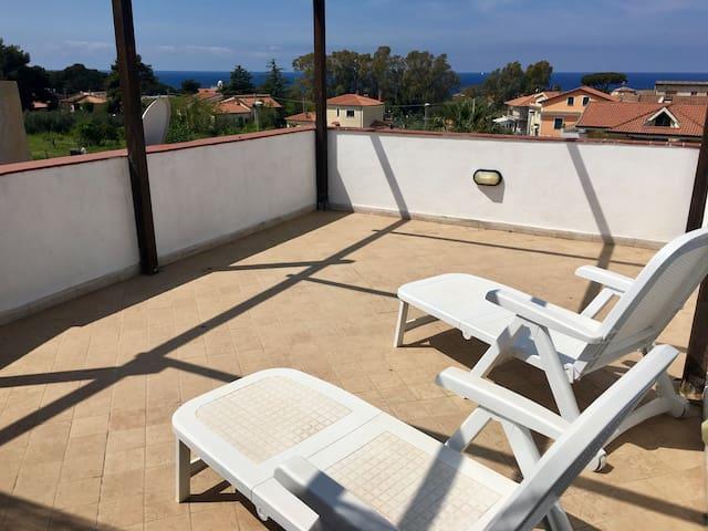 Panoramico, centrale, posto auto - Castellabate  - Lägenhet