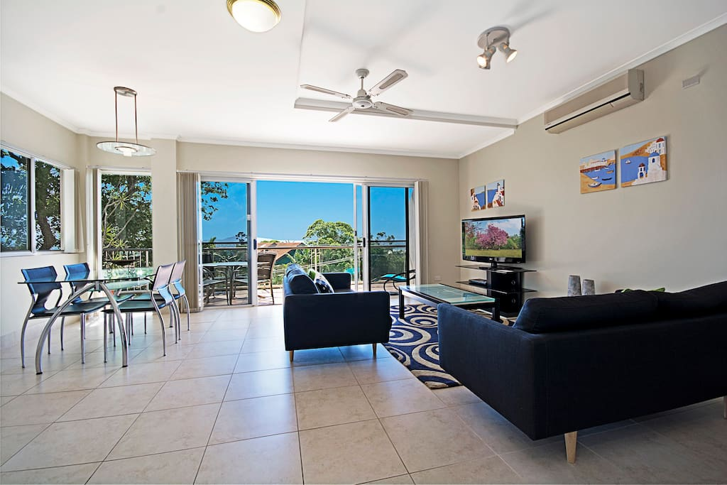 Taralla South 2 bedroom, modern and spacious apartment.