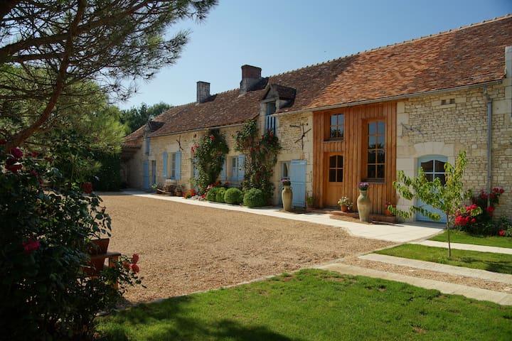 La Vrilletterie, Luze, Chinon - Luzé - House