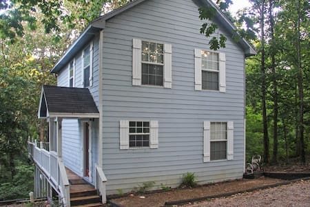 Peaceful 3BR Grove House - Grove - Hus
