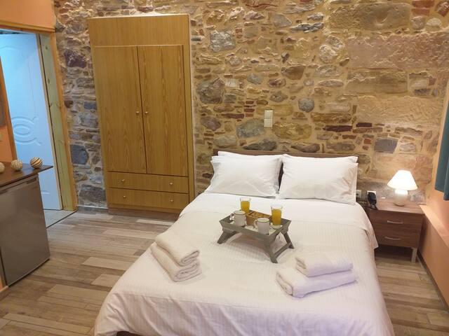CityZen Room Chios Town