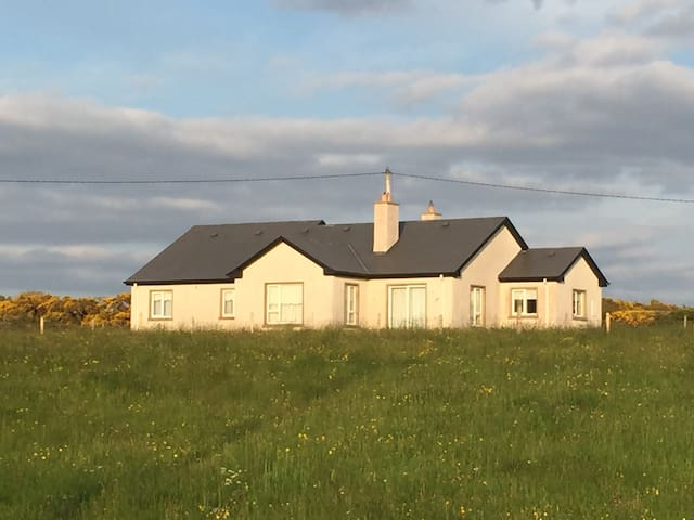 Isabella Cottage , Rosnowlagh , Co Donegal - Donegal - Bungalow