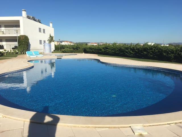 Excellent villa with commun pool - Albufeira