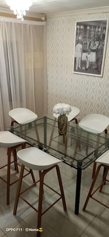 African touch, 1bed, WiFi, 7min to Quagga centre