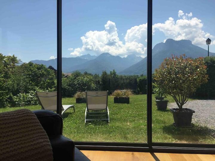 Appartement avec jardin à deux pas du Lac d'Annecy