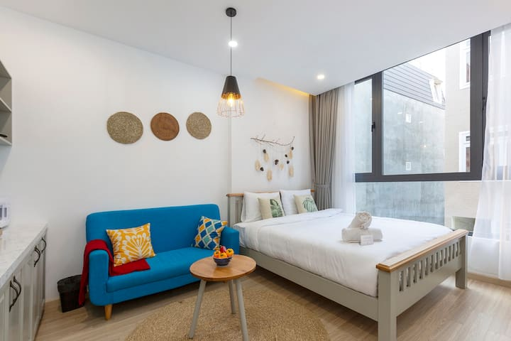 ✯ Spacious Studio ✯ 5 minutes to Xuan Huong Lake ✯