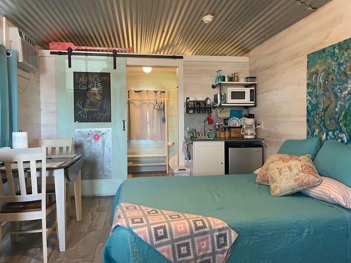 Quaint Cottage on Texas Coast