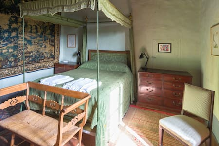 The Baron's Room at Potentino - Seggiano - Linna