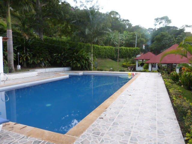 Excelente casa descanso Anapoima