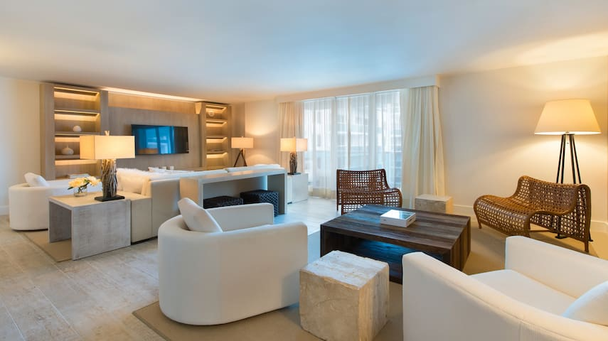 3/3 Located at 1 Hotel & Homes South Beach #1140